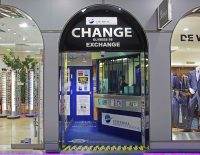 universal-money-exchange-champs-elysees-paris